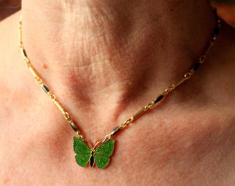 Vintatge Necklace Butterfly Green Enameled Gold Tone