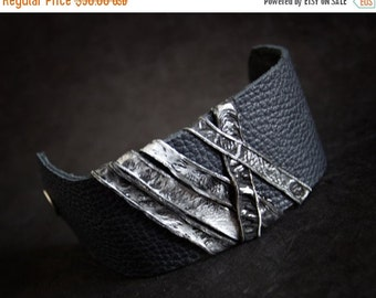 50% OFF SALE Leather cuff bracelet Women cuff Leather jewelry Wristband Casual Elegance collection. Black and silver