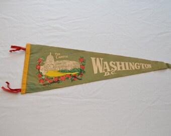 Vintage WASHINGTON DC felt pennant souvenir usa CAPITOL