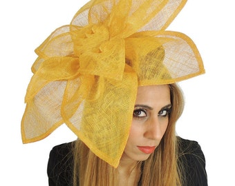 Carnation Yellow Fascinator Hat for Melbourne Cup, Kentucky Derby & Ascot