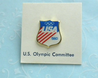 USA 1980 Olympic Committee Blue White and Red Stripes Enamel Gold Tone Brooch Pin