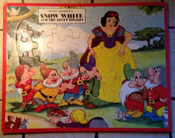 1952 Snow White and the Seven Dwarfs Tray Puzzle