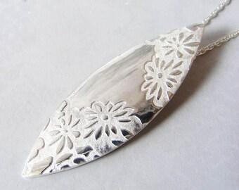Fine Silver Embossed Leaf Pendant
