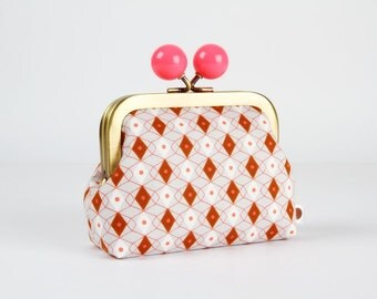 Metal frame coin purse with color bobble - Facets in rust - Color dad / Cotton and Steel / Kimberly Kight / Rotary club / Grey neon pink