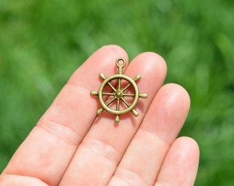 5 Antique Bronze Ship Steering Wheel  Charms BC3666