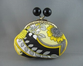Pretty Black and Gold Coin Purse