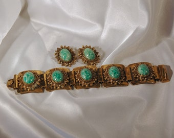 Early 50s Bracelet Earrings, Karu Fifth Avenue, Marbled Jade Art Glass Cabs, Etruscan Style Setting, Bronze Plated Metal, Great Condition