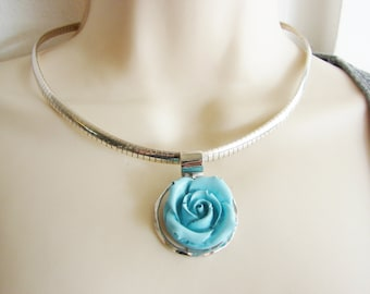 Vintage silver and blue rose bud necklace/ choker (L)