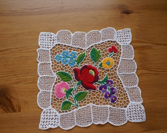 """Very nice Little """"Kalocsai"""" doily from Hungary"""