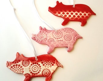 Pig Ornament | MADE TO ORDER | Textured Pig Ornament | Christmas Ornaments | Ornaments | Textured Clay | Piggy Ornament | Pig Art