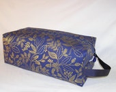 Queen Anne in Navy Metallic Sweater Bag