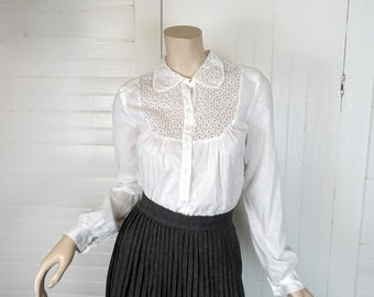 40s White Cotton Blouse with Eyelet Lace- 1940s Peter Pan Collar
