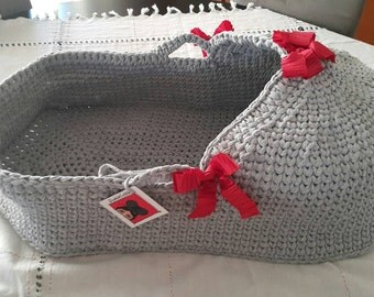 Baby Moses Basket , Baby Bassinet, Crocheted  Moses Basket With Mattress