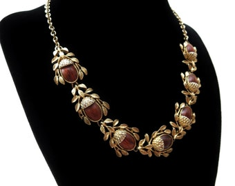 1950's Unmarked Gold tone Metal & Thermoset Faux Wood Brown Acorn Cabochon Vintage Extendable Choker Necklace