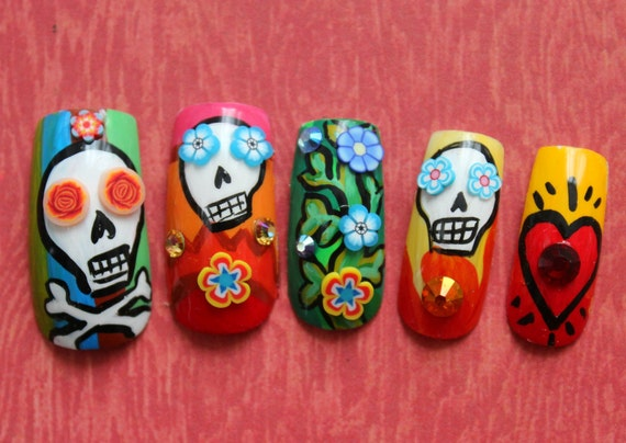 Dia De Los Muertos Fake Nails, Sugar Skull Fake Nails, Mexican Folk Art, Day of The Dead Nails, Handpainted Fake Nails, Dia De Los Muertos
