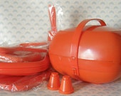 Retro Seventies Picnic Master Picnic set bright orange plastic