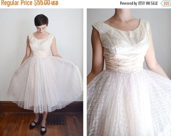 SUMMER SALE AS Is 1950s Pink Lace Dress - M