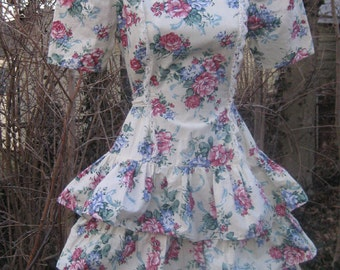 size 3/4 FLAMENCO style RUFFLED COTTON Dress in floral cream 1980s 80s Cotton Dress with 3 tiered Ruffle Skirt