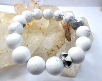 handmade big natural 12 mm. howlite gemstone beads stretch bracelet
