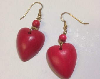 Vintage 1980s dyed cherry red heart dangle earrings