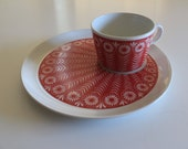 Gorgeous Arabia Finland cup and plate set in bright red...