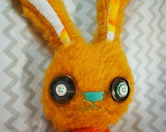 Amputee Bunny/bunny/plush/button eyes/collectable/handmade/handsewn/Stuffed animal