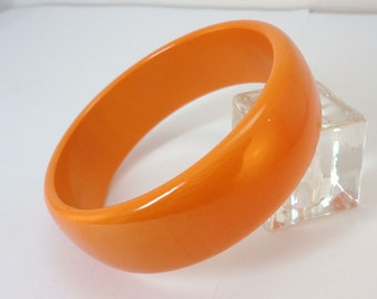 50s Butterscotch genuine bakelite  Bangle Bracelet