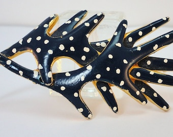 60s Navy enamel brooche white dots Goldtone branches vintage