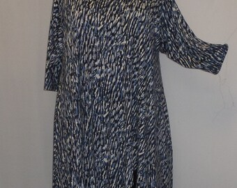 Plus Size Tunic Coco and Juan Plus Size Asymmetric Tunic Top Navy Blue Slate Print Rayon Knit Size 1 (fits 1X,2X)   Bust 50 inches