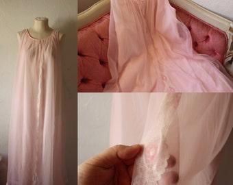 Pink Chiffon Nightie • 1950s Boudoir Pin-up Girl Photoshoot Nightgown • Chiffon Gown