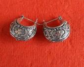 Balinese Sterling Silver Hoop Earrings / silver 925 / Bali Handmade jewelry / 0.75 inch