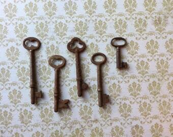 Vintage Skeleton Keys - Lot 7 - Qty 5  - FREE SHIPPING U.S.