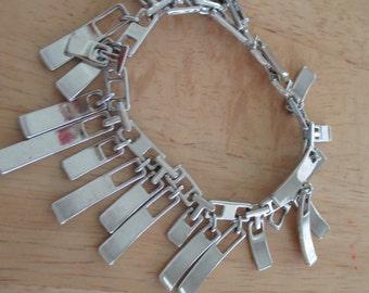Vintage costume jewelry   /  silver tone bracelet