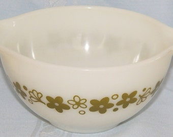 Vintage Pyrex Spring Blossom 1.5 Quart Cinderella Small Mixing Bowl #441