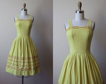 50s Dress - Vintage 1950s Dress - Rustic Mustard Embroidered Full Skirt Designer Sundress XS - Maize Dress