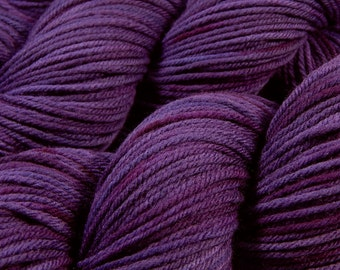 Hand Dyed Yarn - Worsted Weight Superwash Merino Lambswool Yarn - Blackberry Tonal - Knitting Yarn, Wool Yarn, Purple Yarn, Gift For Knitter