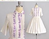 45% OFF SALE.... vintage 1950s dress • embroidered dress • vintage 50s shirt dress • 1950s day dress • large XL