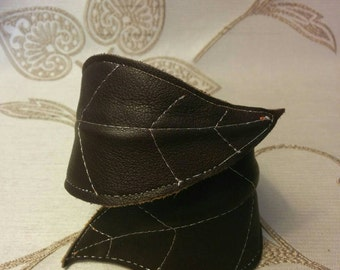 Leather cuff,  leaf cuff