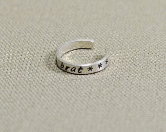 Sterling silver toe ring for a spoiled brat - Solid 925 TR922