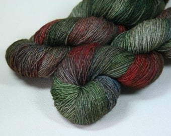 Dunsinane - Excalibur BFL nylon hand dyed sock yarn green red knitting hand painted