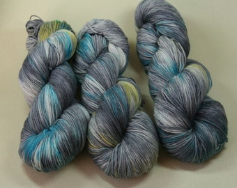 Scylfing Dark - Taliesin MCN Sock yarn hand dyed merino cashmere gray blue yellow