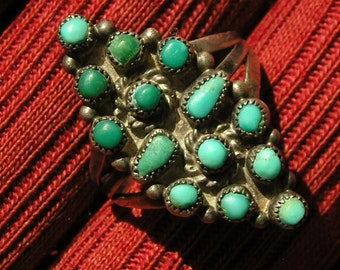 Zuni Sterling Silver Petit Point Turquoise Ring