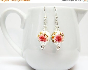 SALE White and Silver Garden Lily Earrings - White Earrings - Floral Earrings - Colorful Earrings - Reversible Earrings - White Jewelry - Gi