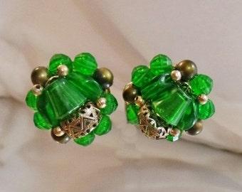 FALL SALE Vintage Emerald Green Bead Earrings. Hong Kong.  1950s Beaded Earrings
