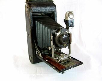 No 3-A Folding Pocket Kodak Model C Camera - Autographic - 1910s