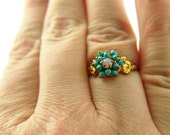 Turquoise and Opal Flower Ring - 18k Gold - Vintage Jewelry