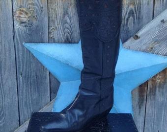 1980's, black dress boot, women's size 37 1/2, like Fluevog!