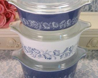 Vintage Pyrex Glass Blue White Daisy Colonial Mist Casserole, Set Six, 1960 1970s Mid Century Cookware, Glass Food Storage, Corning, Kitchen
