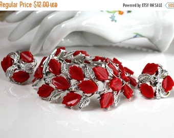 SALE Vintage Red Leaves Thermoset Bracelet Destash