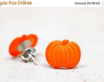 SALE Small Pumpkin Earrings, Orange Pumpkins Stud Earrings, Food Jewelry, Autumn Orange Halloween Jewelry, Fall Fashion, Thanksgiving Jewelr